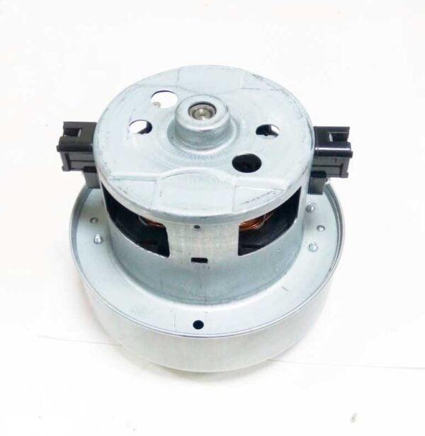 Двигатель (мотор) для пылесоса Samsung. Аналог. Высота общая- 123 мм Диаметр турбины - 134 мм Мощность - 2400W, 230 вольт. Оригинальный код: DJ31-00125C, VCM-M30AU, VAC002SA, DJ31-00125A, DJ31-00125B, VCM-M30AUAA-SV, VCM-M30AUDA-SV, VCM-M30AUDB-SV, VCM-M30. Подходит для моделей: VC245VNJGNC/EN VCJG245V, VC246VNJGNC/EV VCJG246V, VC246VNJGPT/EV VCJG246V, VC247HNJGNC/EH VCJG247H, VC247HNJGPT/OL VCJG247H, VC247HNJGPT/SB VCJG247H, VC248HNJGNC/EV VCJG248H, VC248HNJGPT/EV VCJG248H, VC24AHNJGGT/AG VCJG24AH, VC24AHNJGGT/EE VCJG24AH, VC24AHNJGGT/EH VCJG24AH, VC24AHNJGGT/EO VCJG24AH, VC24AHNJGGT/OL VCJG24AH, VC24AVNJGGT/EH VCJG24AV, VC24AVNJGGT/EN VCJG24AV, VC24AVNJGGT/EO VCJG24AV, VC24AVNJGGT/SB VCJG24AV, VC24AVNJGGT/SW VCJG24AV, VC24AVNJGNC/OL VCJG24AV, VC24AVNJGNC/SW VCJG24AV, VC24AVNJGPT/EP VCJG24AV, VC24AVNJGPT/SP VCJG24AV, VC24BVNJGGT/EO VCJG24BV, VCC61A0V3A/XEH SC61A0, VCC61A0V3A/XEN SC61A0, VCC61A0V3R/XEV SC61A0, VCC61A1V3R/XEV SC61A1, VCC61B0H3A/XEV SC61B0, VCC61B0H3K/BOL SC61B0, VCC61B1H3B/XEV SC61B1, VCC61B2H3K/XEV SC61B2, VCC61B3H3A/XEV SC61B3, VCC61B4H3B/XEV SC61B4, VCC61B5H3K/XEV SC61B5, VCC74A5V3R/EGT SC74A5, VCC74A5V3W/BOL SC74A5, VCC74A5V3W/XEH SC74A5, VCC74A5V3W/XEN SC74A5, VCC8240V3K/XEN SC8240, VCC8240V3R/XEH SC8240, VCC8240V3R/XTR SC8240, VCC8260H3R/HAC CROWN-2200, VCC8260H3S/HAC VCC8260H3S/HAC, VCC8260H3S/XEH SC8260, VCC8280H3K/XTR SC8280, VCC8285H3K/HAC CROWN2400, VCC8285H3K/XSG SC8285, VCC8811V2R/XSC SC8811, VCC8813V2B/XSC SC8813, VCC8820H24/XSC SC8820, VCC8822H2S/XSC SC8822, VCC8830V3B/XEF SC8830, VCC8830V3B/XEO SC8830, VCC8830V3B/XEP SC8830, VCC8830V3B/XET SC8830, VCC8830V3R/SML SC8830, VCC8830V3R/XBM SC8830, VCC8830V3R/XSP SC8830, VCC8830V3R/YAM SC8830, VCC8830V3S/XEV SC8830, VCC8830V3S/XTR SC8830, VCC8832V3B/XEV SC8832, VCC8833V3S/XEV SC8833, VCC8834V3B/XEV SC8834, VCC8835V3R/XEN SC8835, VCC8835V3S/XEN SC8835, VCC8850H3B/XEC SC8850, VCC8850H3B/XEE SC8850, VCC8850H3B/XEV SC8850, VCC8850H3B/XFA SC8850, VCC8850H3B/XPE SC8850, VCC8850H3B/XSP SC8850, VCC