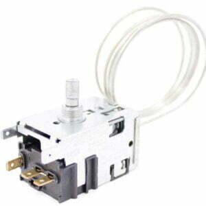 Термостат 077В3557 холодильной камеры Атлант, Stinol, Indesit, Ariston и др. Терморегулятор 077В3557 двухкамерных холодильников Атлант 908081450557. Датчик реле температуры 077B3557. Длина капиллярной (сильфонной) трубки: 0,8 метра. Подключение: 3 клеммы + 2 клеммы заземление. Аналог: TAM-133. Производитель: Ranco. Взаимосвязанные коды, аналоги: - Атлант 908081450702, 908081450701, 908081400120, 908081400121, 908081450121, 908081450243, 908081821958, 908081450274, 908081450557, 908081450118, 908081492174, - Danfoss 077В3246, 077B3246, - Danfoss 077В3557, 077B3557, - Danfoss 077B3555, 077В3555, - Ranco К59-S6072, K59S6072, - Ranco К59-L2174, K59L2174, - Ranco К59-Q2174, K59Q2174, - Ranco К59-L2040, K59L2040. - ТАМ-133-1М-46-0.85-4.8-2, TAM-133-1M-46-0.85-4.8-2, - ТАМ133-1М-46-1.1-4.8-2-А, TAM133-1M-46-1.1-4.8-2-A, - КDF.