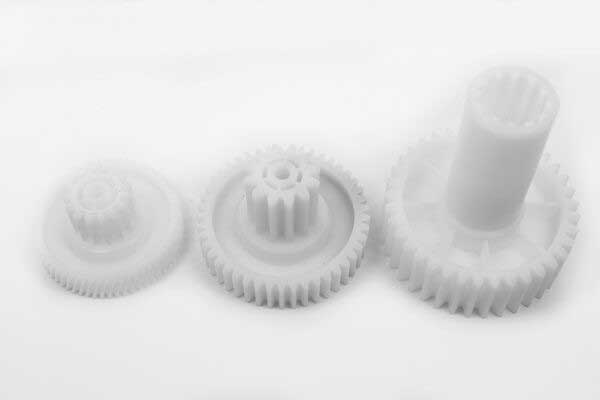 Шестерни мясорубки Bosch (3 штуки) SBH686. Комплект шестерней для мясорубки Бош MFW-6 серии. Большая шестерня: - диаметры: 76 мм / 31 мм / 25 мм / 8 мм, - высоты: 88 мм / 26.5 мм, - кол-во зубьев: 37 зубьев, прямые. Средняя шестерня: - диаметры: 70 мм / 29 мм / 6 мм, - высоты: 44.5 мм / 16 мм, - кол-во зубьев: 45/12 зубьев, прямые. Малая шестерня: - диаметры: 61 мм / 27 мм / 6 мм, - высоты: 31 мм / 13 мм, - кол-во зубьев: 62 косых, 15 прямых.