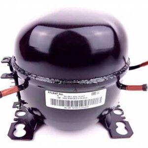 Низкотемпературный герметичный поршневой компрессор Атлант С-ТВ87Н5 для бытовых холодильников и морозильников. Хладагент: R600a. Объем: 8,67 см3. Холодопроизводительность (ASHRAE, -23.3°C): 148 Вт. Диапазон температур испарения: -35 -10°C. Компрессор с низким давлением всасывания: LBP. Низкий пусковой момент: LST. Совместим с пускозащитными комплектами: КК14/КК14-01/КН10 (поставляется отдельно). Тип мотора: RSIR или RSCR (индукционный режим работы или с рабочим конденсатором). Напряжение: 220-230В, 50Гц. Диаметры трубок: сервисной / всасывания / нагнетания - 6,2 мм / 6,2 мм / 5,0 мм. Масса: 7,7 кг.