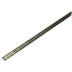 Твердый медно-цинковый припой П-81 для пайки соединений типа: - медь, латунь со сталью, - сталь/нержавеющая сталь/чугун, - серебро, никель и их сплавы. Состав: Cu 54% (меди), Zn 32% (цинка), P 7% (фосфора), Ni 7% (никель). Припой П-81 без флюса (неофлюсованный). Длина прутка: 540 мм. Прямоугольная форма прутка: ширина прутка 5,0 мм х высота 1,0 ± 1,0 мм. Имеет удобный паз для заполнения флюсом. Температура плавления: 680-700°C. Рекомендованный флюс: ФК-235, ФКП-235. Производство: Россия. Припой не содержит кадмий, выделяющий токсичные пары.